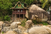 Family Bungalows On The Rocks