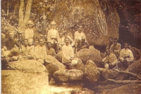 King Visits To Thansadet Waterfall