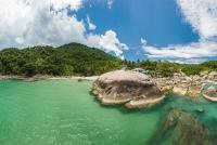 Aerial-views-of-Than-Sadet-Bay-09